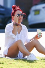 Sharna Burgess Relaxing at Bondi Beach 2020/05/29 6