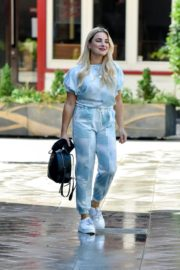 Sian Welby Leaves Global Studios in London 2020/06/15 2