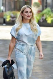 Sian Welby Leaves Global Studios in London 2020/06/15 5