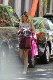 Sienna Miller Out and About in New York 2020/05/31 4