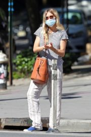 Sienna Miller Out and About in New York 2020/06/12 4