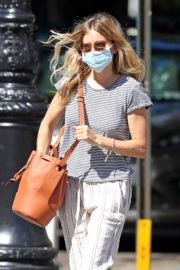Sienna Miller Out and About in New York 2020/06/12 7