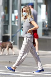 Sienna Miller Out and About in New York 2020/06/12 8