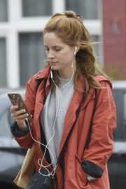 Sophie Rundle Out Shopping in London 2020/06/08 2