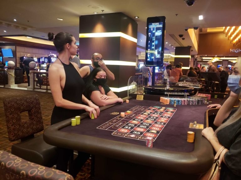 Tao Wickrath Playing Roulette at Golden Nugget Hotel in Las Vegas 2020/06/03 2