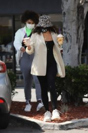 Vanessa Hudgens Out for Coffee in Los Angeles 2020/06/06 8