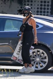 Vanessa Hudgens Out Protesting in Los Angeles 2020/06/07 3