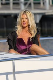 Victoria Silvstedt Out Shopping in Saint Tropez 2020/05/31 5