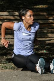 Alex Scott Workout at a Park in London 2020/09/18 1