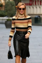 Amanda Holden in a Leather Skirt Arrives at Global Radio in London 2020/09/25 2