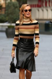 Amanda Holden in a Leather Skirt Arrives at Global Radio in London 2020/09/25 7