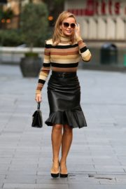 Amanda Holden in a Leather Skirt Arrives at Global Radio in London 2020/09/25 8