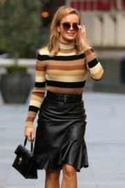 Amanda Holden in a Leather Skirt Arrives at Global Radio in London 2020/09/25 9