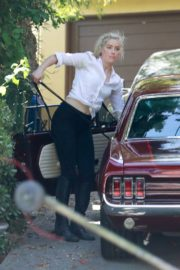 Amber Heard Out Driving in Los Angeles 2020/09/22 3