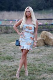 Amber Turner at The Only Way is Essex Set in Essex 2020/09/15 4