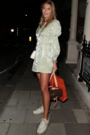 Arabella Chi Leaves IT Restaurant in London 2020/09/22 3