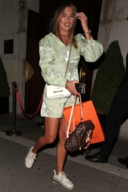 Arabella Chi Leaves IT Restaurant in London 2020/09/22 5