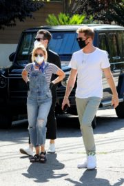 Ashley Tisdale in Denim Overalls Out House Hunting in Los Angeles 2020/09/18 1