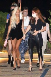 Bella Thorne and Pia Mia Perez at Nobu in Malibu 2020/09/20 9