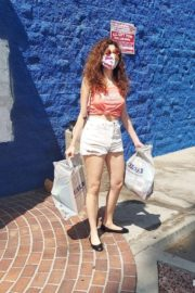 Blanca Blanco in Denim Shorts Out Shopping in Los Angeles 2020/09/20 11
