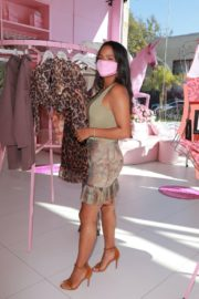 Christina Milian at Pretty Little Thing in West Hollywood 2020/09/18 5