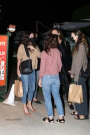 Courteney Cox Out for Dinner in Santa Monica 2020/09/22 2