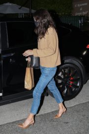 Courteney Cox Out for Dinner in Santa Monica 2020/09/22 3