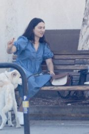 Crystal Reed Out with Her Dog in Los Angeles 2020/09/22 2