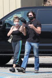 Denise Richards and Aaron Phypers Out in Malibu 2020/09/23 4
