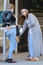 Drew Barrymore Comes to the Rescue of a New Yorker 2020/09/22 12