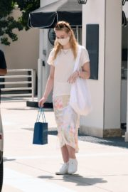 Elle Fanning Out Shopping in Los Angeles 2020/09/18 7