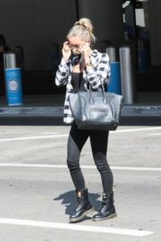 Kristin Cavallari at LAX Airport in Los Angeles 2020/09/19 9