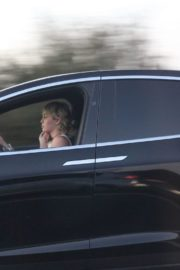 Miley Cyrus Out Driving in Los Angeles 2020/09/19 3