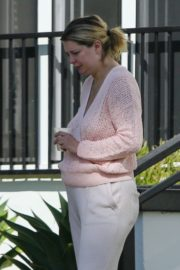Mischa Barton Outside Her Home in Los Angeles 2020/09/19 2