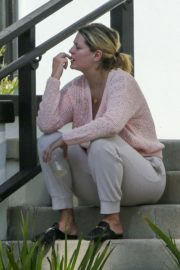 Mischa Barton Outside Her Home in Los Angeles 2020/09/19 11