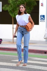 Olivia Culpo Out for Dinner in Santa Monica 2020/09/19 3
