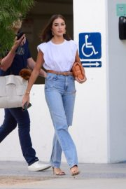 Olivia Culpo Out for Dinner in Santa Monica 2020/09/19 4