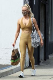 Peta Murgatroyd Leaves DWTS Rehearsal in Los Angeles 2020/09/18 2