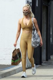 Peta Murgatroyd Leaves DWTS Rehearsal in Los Angeles 2020/09/18 3