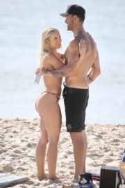 Tammy Hembrow in Bikini at Currumbin Beach, Australia 2020/09/20 10