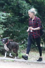 Amber Heard walks with her dog out in Los Feliz 2020/10/25 2