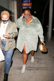 American Singer Lizzo Out for Dinner in West Hollywood 2020/10/24 1