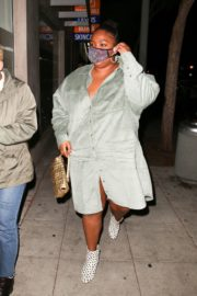 American Singer Lizzo Out for Dinner in West Hollywood 2020/10/24 3