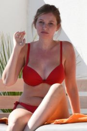 Amy Hard in a Red Bikini at a Pool in Portugal 2020/10/01 4