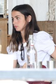 Ana de Armas Out for Lunch with Friends in Los Angeles 2020/09/25 13