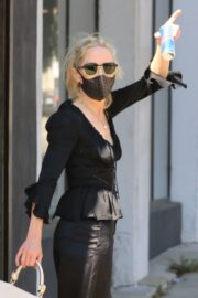 Anne Heche All in Black at DWTS Studio in Los Angeles 2020/10/01 10