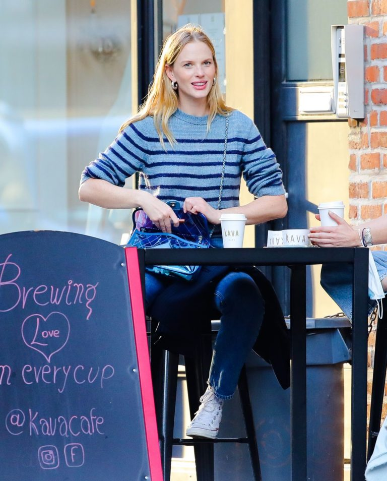 Anne Vyalitsyna Out for Coffee at The Kava in New York 2020/10/23 4