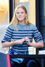 Anne Vyalitsyna Out for Coffee at The Kava in New York 2020/10/23 6