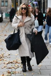 Arrives at Smooth Radio in London 2020/10/23 1