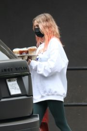 Ashley Benson Out for Coffee in Los Angeles 2020/10/22 1